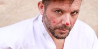 Sergio Pennavaria, attore, scrittore, cantautore, cantante.