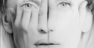 """Tigran Tsitoghdzyan - White Mirror (2013) - 75"""" x 50"""" / 190 x 127 cm, oil on canvas, private collection"""