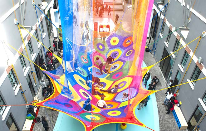 Toshiko Horiuchi MacAdam, Harmonic Motion / Rete dei draghi, 2013. Photo credit: Roberto Boccaccino.