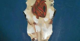 Marlene Demonte - Testa di bufalo con cuore, olio su tela tecnica mista