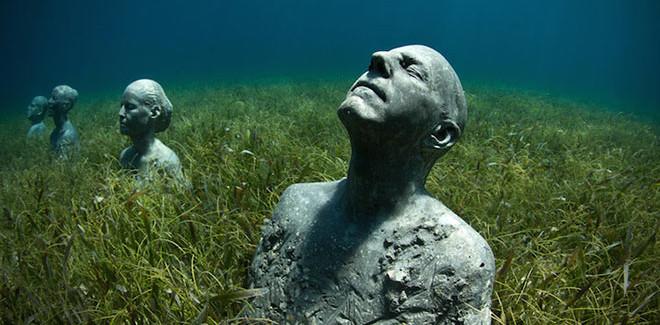 Jason deCaires Taylor – Underwater sculptures
