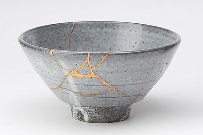 Kintsugi - The art of broken pieces