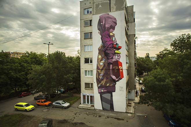 "Etam Crew, Urban Street Art - ""Surprise"