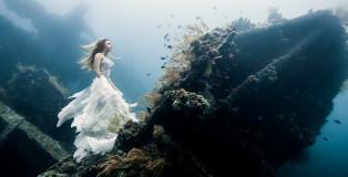 Benjamin Von Wong - Shooting underwater