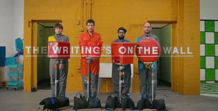 """OK Go, """"The Writing's on the Wall"""" - Illusioni ottiche analogiche"""