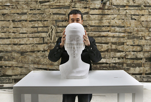 Dynamic Paper Sculptures