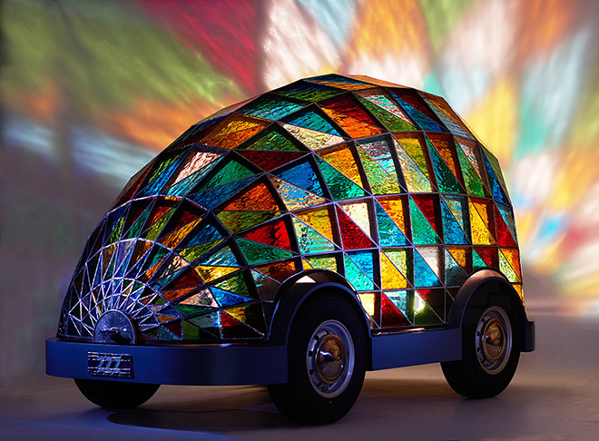 Dominic Wilcox – Stained Glass Driverless Sleeper Car