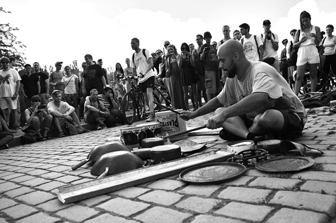 Dario Rossi – Street Drummer