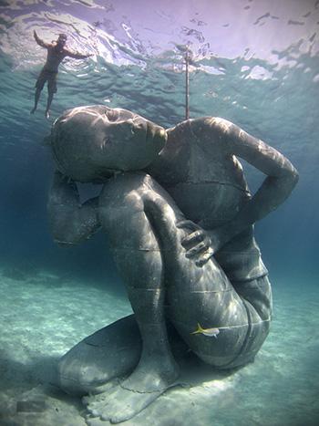 Ocean Atlas, Depth 5m to surface, Nassau Bahamas