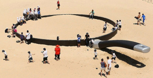 Sculpture by the sea - Outdoor exhibition