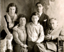 Etty Hillesum - Cuore pensante della vita. Photo courtesy of (Collection Joods Historisch Museum/Jewish Historical Museum, Amsterdam).