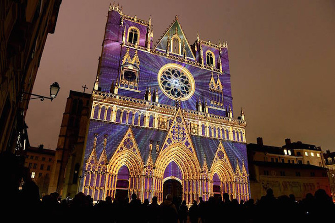 Festival of Lights in Lyon - Color or Not by Yves Moreaux. Photo by Frédéric Guignard-Perret