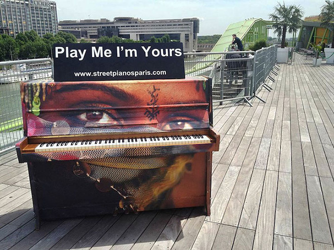 Street piano, Play me, I'm yours. Paris, France, 2013