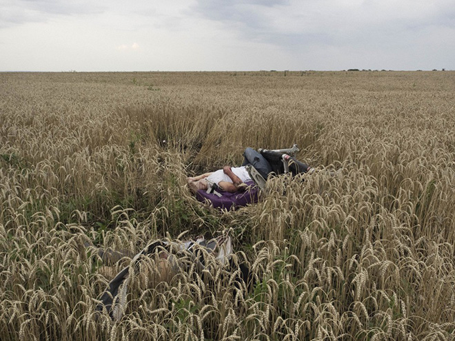 JÉRÔME SESSINI - Crime without punishment - World Press Photo of the year 2014