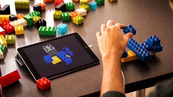 Lego X – Progettare giocando