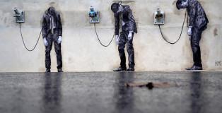 Levalet - Reload, street art - Paris