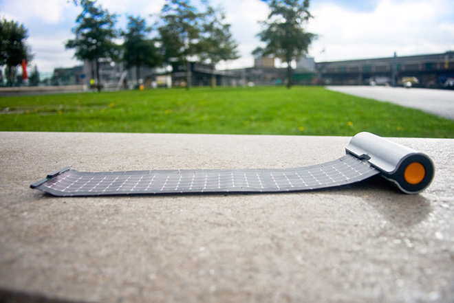 Rollable Solar Charger Waacs Design