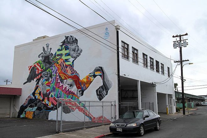 Tristan Eaton murales - Pow Pow Hawaii street art festival