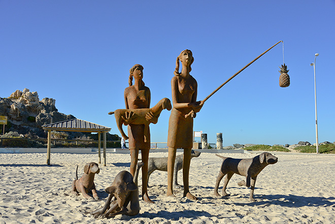 Russell Sheridan, sisters, Sculpture by the Sea, Cottesloe 2015. Photo Jessica Wyld