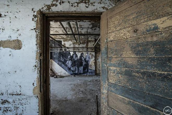 Unframed, Ellis Island, 2014
