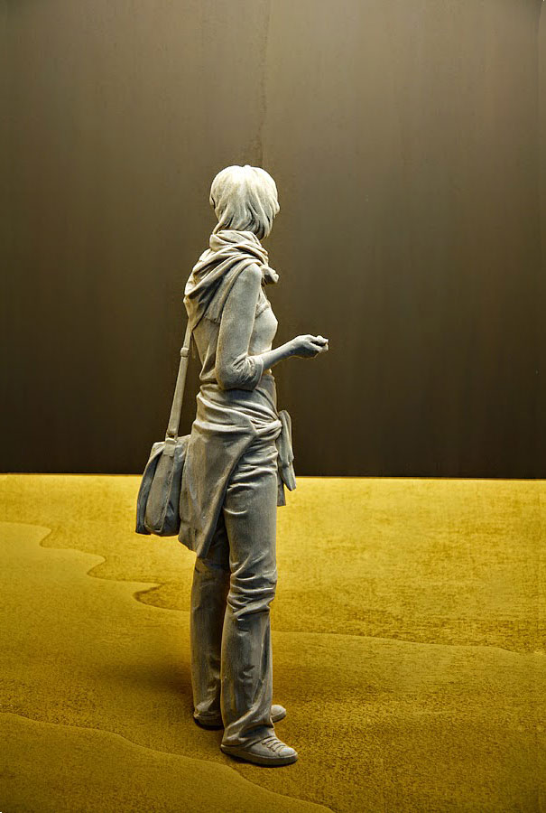 Peter Demetz - Sculture in legno, la partenza, tiglio, acrilico, LED, 70 x 60 x 19,5 cm - 2012