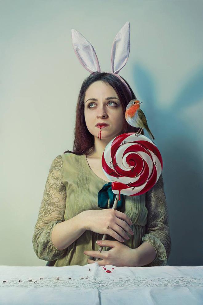 Elisa Anfuso - Estasi e vacuità  (di tutte le cose visibili e invisibili) Olio su tela, cm 80x120, 2014