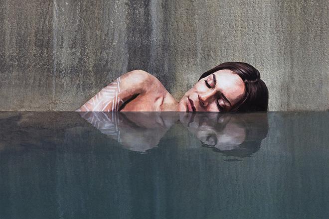 Hula – Street art a pelo d'acqua