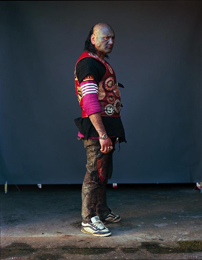 Jono Rotman - Mongrel Mob Portraits - Toots King Country (full body), 2009 - C-Type Photograph, 1.5M x 1.2M