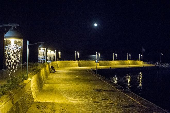 Borondo - Kouroi , Installation - Marina di Camerota. Photo credit: Fabiano Caputo
