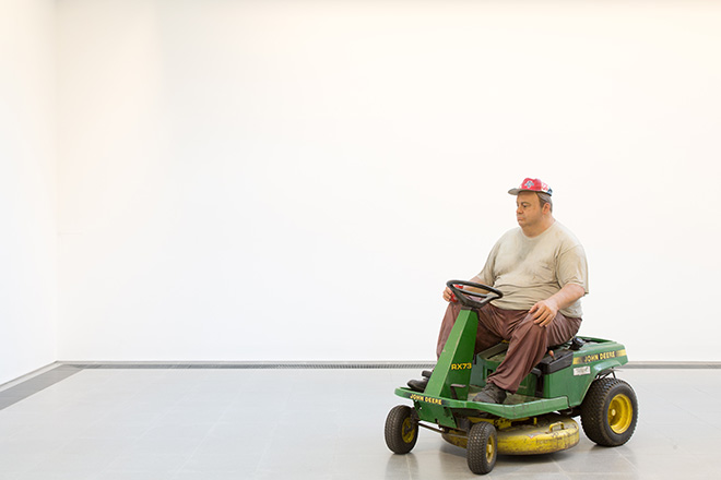 Duane Hanson - Man on Mower 1995, Edition 1/3 (unique editions) - Bronze, polychromed in oil, with lawn mower - The Estate of Duane Hanson - image © Luke Hayes