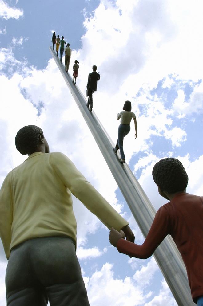 Jonathan Borofsky - Walking to the sky