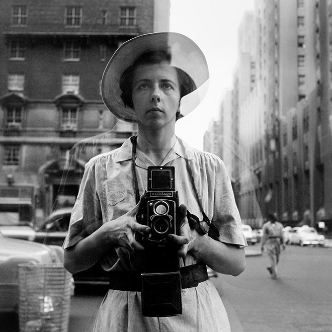 Vivian Maier: New York, 10 Settembre 1955 © Vivian Maier Maloof Collection, Courtesy Howard Greenberg Gallery, New York