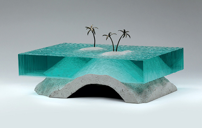 Ben Young - Escape, - Laminated clear float glass with cast concrete and cast bronze. H 250 x L 500 x D 340mm.