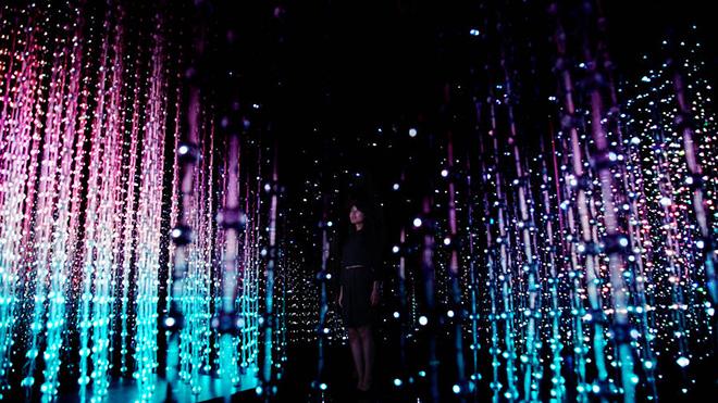Team Lab – Crystal Universe