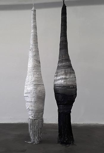 Milena Altini, Waiting Souls, 2015 installazione site-specific, dettaglio pelli di vitello e di agnello, ferro dimensioni ambientali credits & courtesy: Milena Altini