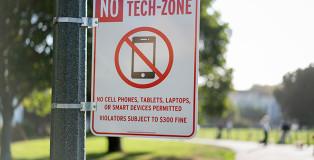 No Tech-Zone Signs - Cash Studios