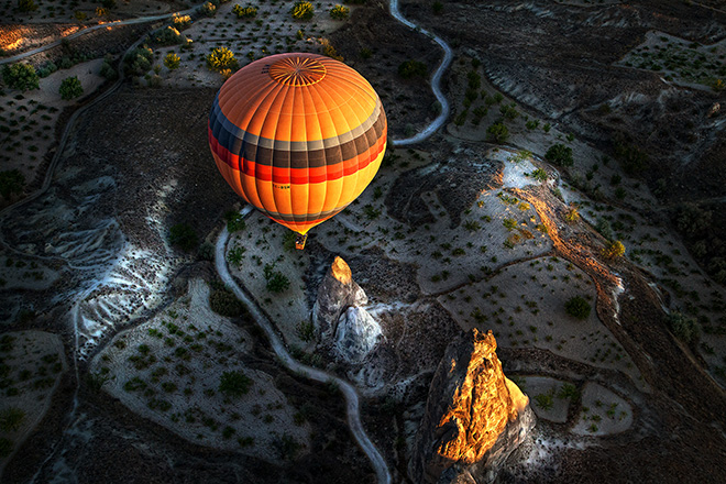 Giulio Montini (ITALY) - Cappadocia air baloon, Cappadocia (Turkey) – 2014, 1 classificato OPEN COLOR,  Siena International Photography Awards.
