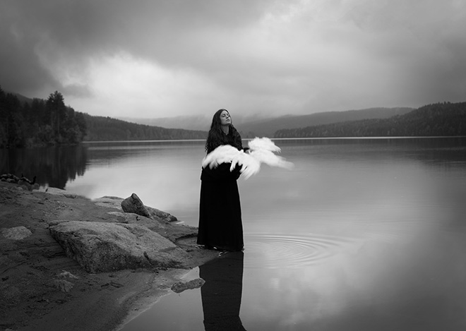 ©Maren Klemp Photography - The bird tamer