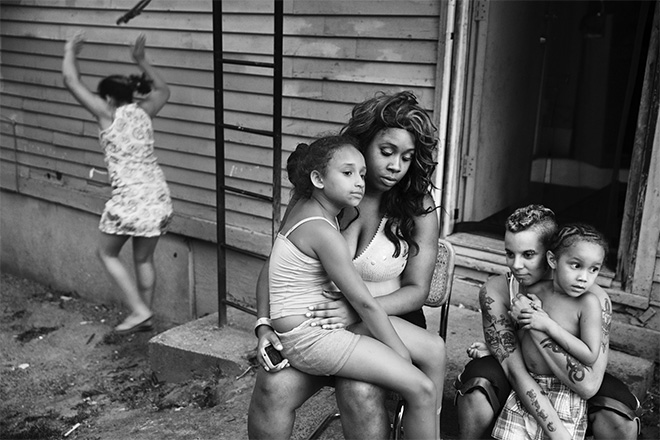 ©Paolo Pellegrin - Famiglia a Northeast Rochester, NY. U.S.A. 2013