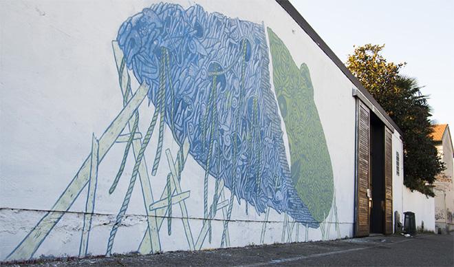 """""""AGGLOMERATI"""" - Il murales realizzato da Geometric Bang e Crisa sulla facciata di Grauen gallery"""