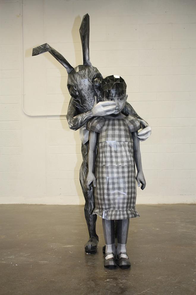Ann Hoi - Hush, 2012, paper sculpture