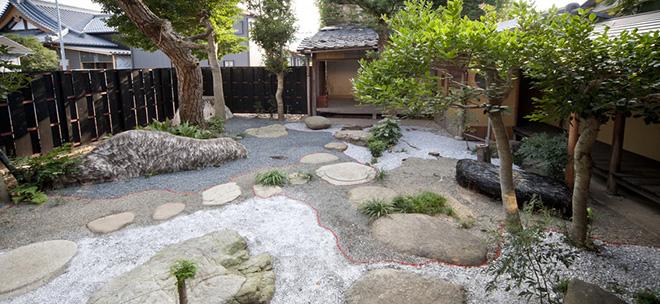 Lulù Nuti - Metamorphosis Garden, Outdoor installation, Biwako Biennale , Fairy Tale - Omihachiman, Kyoto, Japan