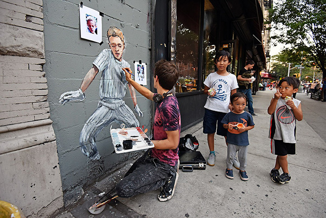 Ernest Zacharevic + Martha Cooper - Replay, New York City