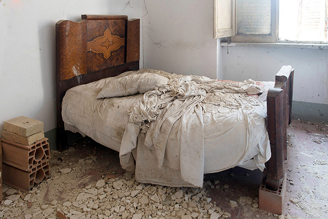 Silvia Camporesi - Interno / Interior, Borgo Taccone, (Basilicata), Atlas Italiae, 2015