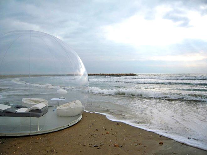 Bubble Tent – Dormire sotto le stelle