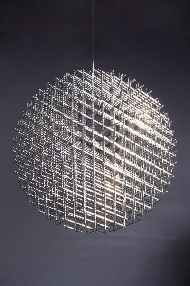 François Morellet - Sphère-trames [Sfera-trame], 1962, Acciaio inox, 75 cm di diametro - Collezione François e Danielle Morellet, Cholet