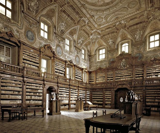 Massimo Listri - Biblioteca Girolamin, Napoli, 2002