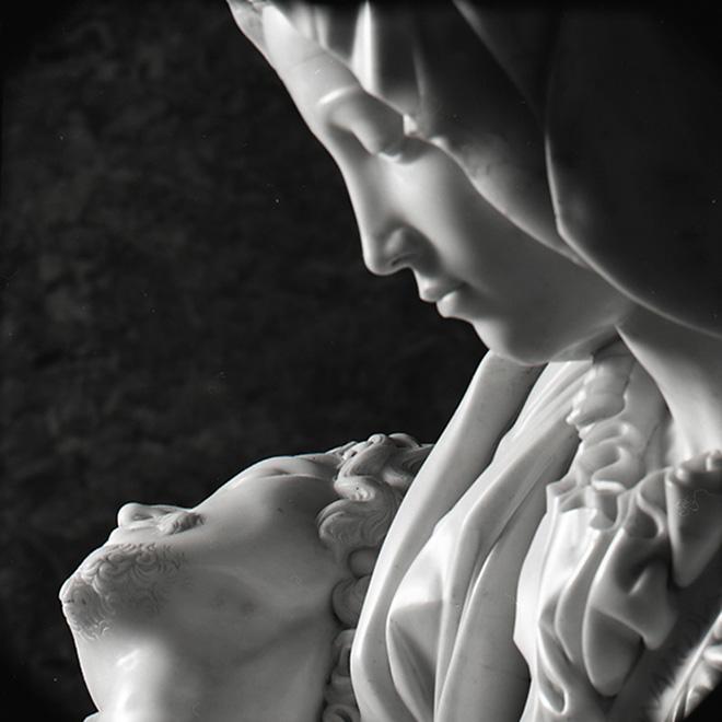 Aurelio Amendola - La Pietà (dettaglio), Michelangelo, Basilica San Pietro, Roma, 1998