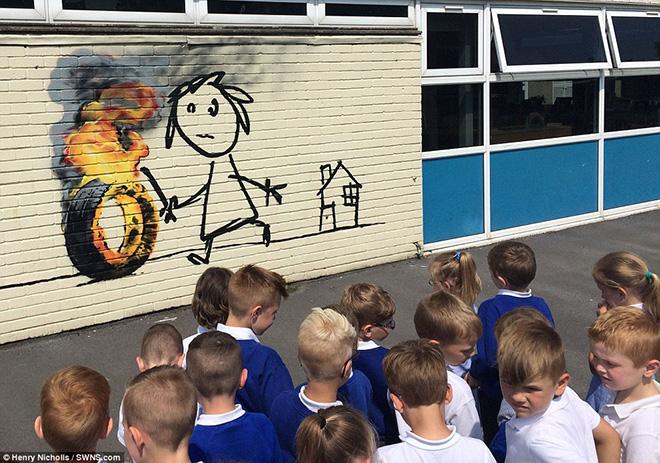Banksy – Il murales per la scuola elementare di Bristol