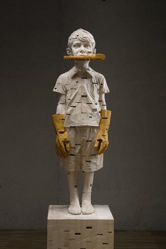 Gehard Demetz - Stones in my pocket, 2013, wood